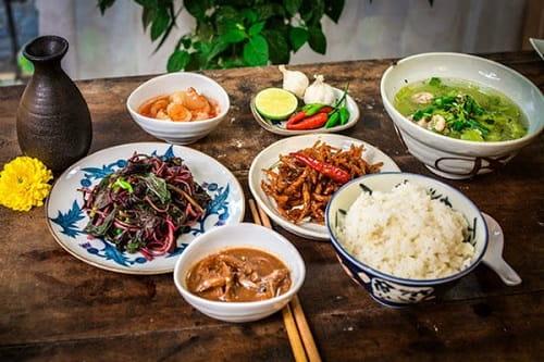 Chi tiết thực đơn bữa cơm miền Trung chuẩn mực để tham khảo